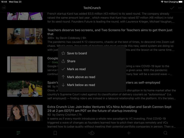 App de Feedly para iPad mostrando menú contextual