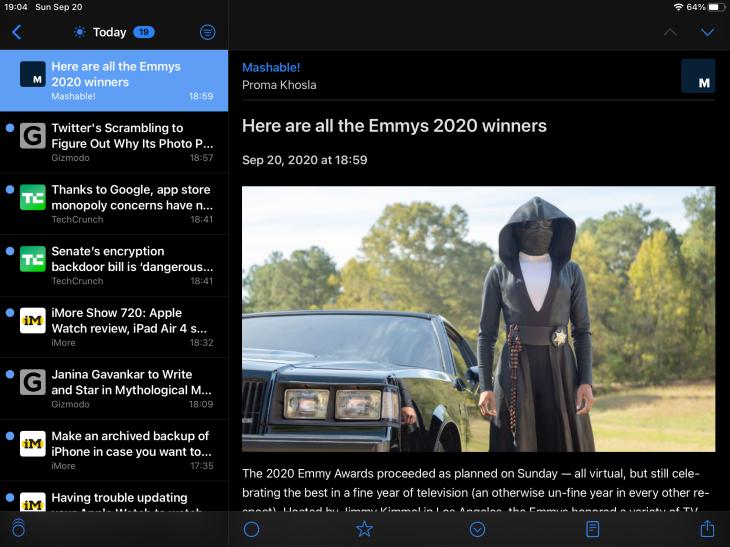App de NetNewsWire para iPad mostrando modo nocturno